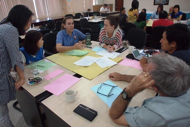 日米韓のボランティアとその同僚による会議でも、「地方政治の不正」は話題の一つに挙がった(2015年4月)