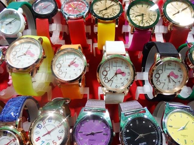 0919森さん、ナイトマーケット時計[1]