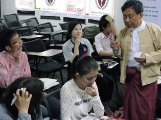 ファーストストラテジーの教室(ヤンゴン市内)