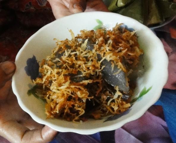 ミャンマーの伝統的なお菓子「ターグーピン」