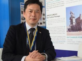 JICAケニア事務所の野田光地次長。「日本の技術を生かし、ナイロビの交通渋滞を解消したい」と熱く語る