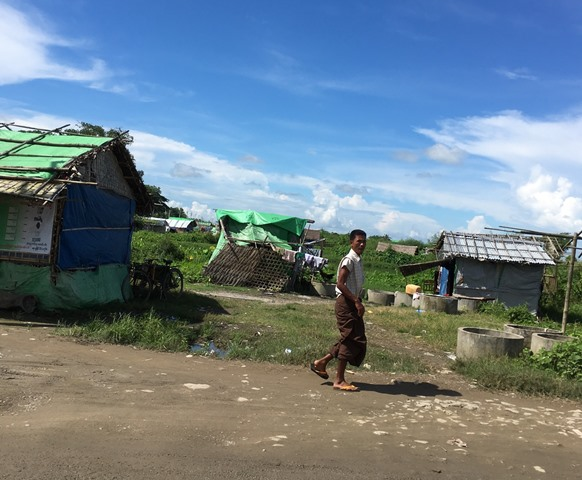 ロヒンギャの家々をアラカンが2012年、焼き払った。その跡地(ラカイン州シットウェ)