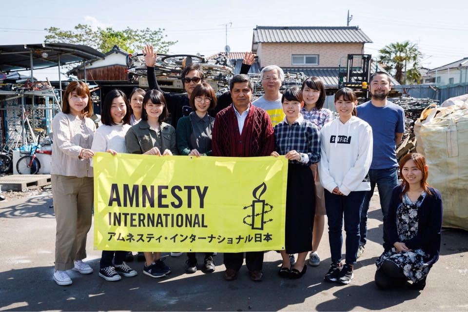 アムネスティ・インターナショナルが主催した「いま難民へ会いに行こう」シリーズ第1弾。埼玉県川越市までロヒンギャ難民のゾーミントゥさんを訪ねていった。写真はツアー参加者たち(前列中央はゾーミントゥさん)