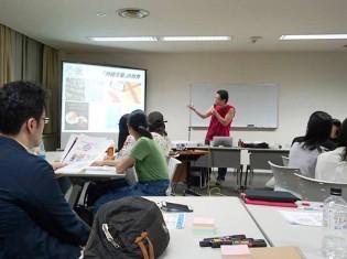 SDGs市民社会ネットワークの稲場雅紀業務執行理事は、東京・市ヶ谷のJICA地球ひろばで8月に開かれた『第2期SDGs大学』(主催:NPO法人開発メディア)に登壇した