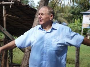 外国人ボランティアとカンボジアのNGOをつなげるNGO「コンサート」(シェムリアップ)マイケル・ホールトン代表。「海外からやってくるボランティアは邪魔な存在ではない。マッチング次第で効果を生む」と話す