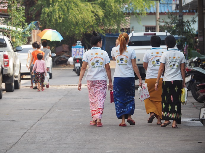 バンコク近郊のミャンマータウン。タイ経済はミャンマー人の存在抜きには語れない