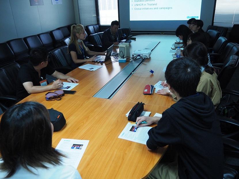国連難民高等弁務官事務所(UNHCR)を取材。参加者全員が国連の事務所に入るのは初めての経験だった