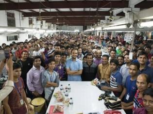 ビジネスレザーファクトリーのバングラデシュ工場。同社では、一緒に働く仲間との意味を込めて、従業員を「メンバー」と呼ぶ
