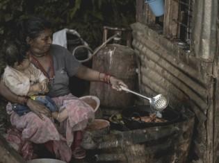 ネパール・カトマンズにある庶民の家の中。記事とは関係ありません(Unsplash)