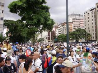 ベネズエラで起きた反政府デモのようす(David Peterson/Pixabay)