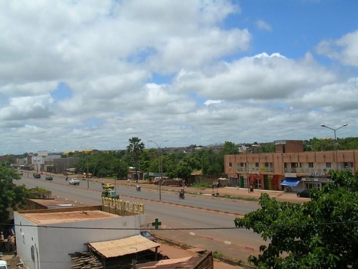 マリの首都バマコの街並み(提供:ウスビ・サコ学長)