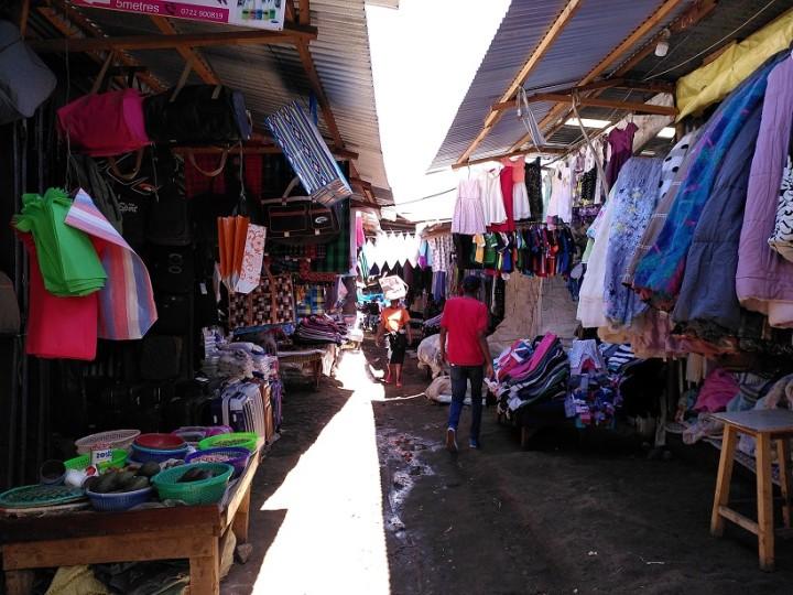 キベラスラムにあるトイマーケット